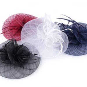 Fascinátor kvet s perím - doplnky do vlasov - fascinátor - extravagantné doplnky k spoločenským šatám - čelenka do vlasov - doplnky na stužkovú - šaty na stužkovú mama