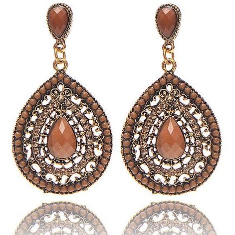 lacna bizuteria - najlacnejšia bižutéria - doplnky na stužkovú - šperky sety - šperky z chirurgickej ocele - darček na stužkovú - šperky na stužkovú - Náušnice Drop Vintage Crystal - Hnedá KP2207
