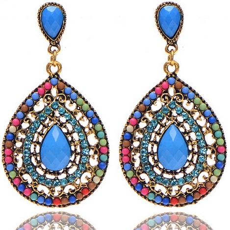 lacna bizuteria - najlacnejšia bižutéria - doplnky na stužkovú - šperky sety - šperky z chirurgickej ocele - darček na stužkovú - šperky na stužkovú - Náušnice Drop Vintage Crystal - Multi KP2209