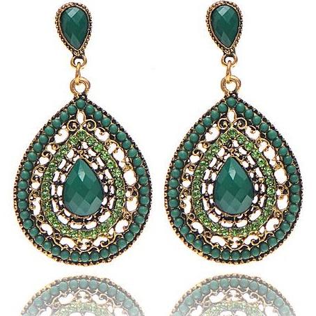 lacna bizuteria - najlacnejšia bižutéria - doplnky na stužkovú - šperky sety - šperky z chirurgickej ocele - darček na stužkovú - šperky na stužkovú - Náušnice Drop Vintage Crystal - Zelená KP2212