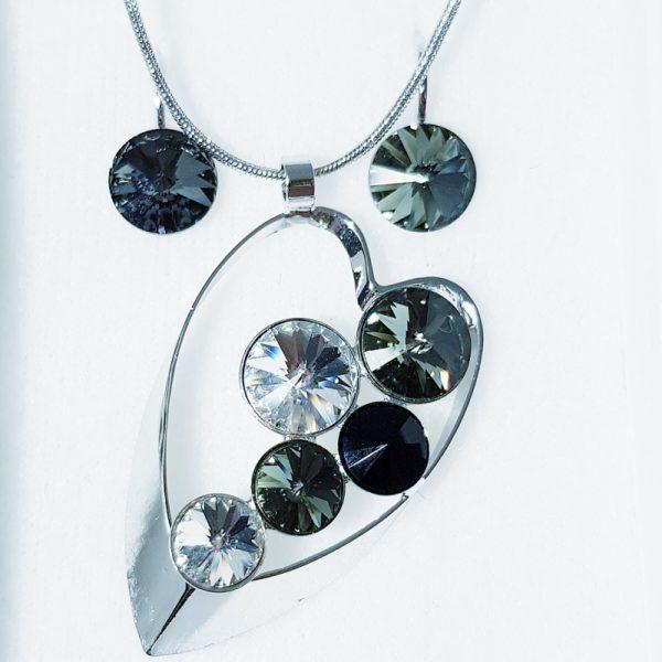 najlacnejšia bižutéria - náhrdelník - lacná bižutéria - bižutéria náušnice - bižutéria náhrdelníky - lacna bizuteria - swarovski sety - swarovsi náhrdelník - najlacnejšia bižutéria - swarovski set - doplnky na stužkovú - šperky sety - šperky z chirurgickej ocele - bižutéria sety - bižutéria náhrdelníky - darček na stužkovú - šperky na stužkovú - set náhrdelník náušnice - Set Ella SWAROVSKI-Str./Čierna KP3909
