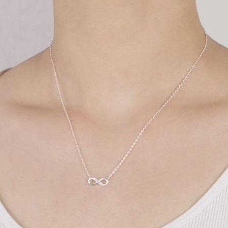 najlacnejšia bižutéria - náhrdelník - lacná bižutéria - bižutéria náušnice - bižutéria náhrdelníky - lacna bizuteria - swarovski sety - swarovsi náhrdelník - najlacnejšia bižutéria - swarovski set - doplnky na stužkovú - šperky sety - šperky z chirurgickej ocele - bižutéria sety - bižutéria náhrdelníky - darček na stužkovú - šperky na stužkovú - set náhrdelník náušnice - Náhrdelník Nekonečno-Str. KP3089
