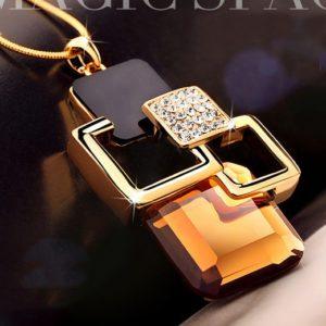najlacnejšia bižutéria - náhrdelník - lacná bižutéria - bižutéria náušnice - bižutéria náhrdelníky - lacna bizuteria - swarovski sety - swarovsi náhrdelník - najlacnejšia bižutéria - swarovski set - doplnky na stužkovú - šperky sety - šperky z chirurgickej ocele - bižutéria sety - bižutéria náhrdelníky - darček na stužkovú - šperky na stužkovú - set náhrdelník náušnice - Náhrdelník Aurelia-Zlatá KP3600