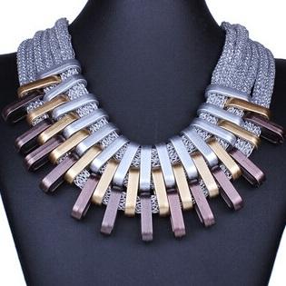 najlacnejšia bižutéria - náhrdelník - lacná bižutéria - bižutéria náušnice - bižutéria náhrdelníky - lacna bizuteria - swarovski sety - swarovsi náhrdelník - najlacnejšia bižutéria - swarovski set - doplnky na stužkovú - šperky sety - šperky z chirurgickej ocele - bižutéria sety - bižutéria náhrdelníky - darček na stužkovú - šperky na stužkovú - set náhrdelník náušnice - Náhrdelník Claw-Strieborná KP3492