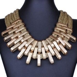 najlacnejšia bižutéria - náhrdelník - lacná bižutéria - bižutéria náušnice - bižutéria náhrdelníky - lacna bizuteria - swarovski sety - swarovsi náhrdelník - najlacnejšia bižutéria - swarovski set - doplnky na stužkovú - šperky sety - šperky z chirurgickej ocele - bižutéria sety - bižutéria náhrdelníky - darček na stužkovú - šperky na stužkovú - set náhrdelník náušnice - Náhrdelník Claw-Zlatá KP3493