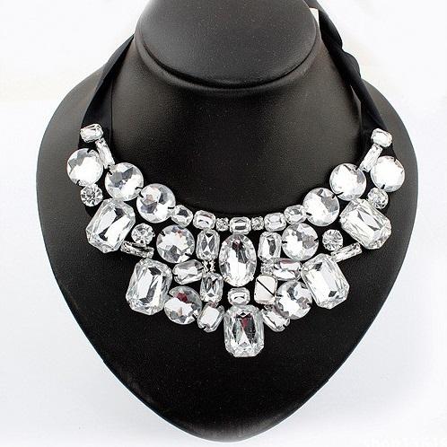 najlacnejšia bižutéria - náhrdelník - lacná bižutéria - bižutéria náušnice - bižutéria náhrdelníky - lacna bizuteria - swarovski sety - swarovsi náhrdelník - najlacnejšia bižutéria - swarovski set - doplnky na stužkovú - šperky sety - šperky z chirurgickej ocele - bižutéria sety - bižutéria náhrdelníky - darček na stužkovú - šperky na stužkovú - set náhrdelník náušnice - Náhrdelník Crystal Paris Typ2-Kryštálová KP3613