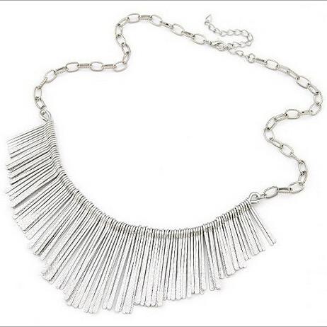 najlacnejšia bižutéria - náhrdelník - lacná bižutéria - bižutéria náušnice - bižutéria náhrdelníky - lacna bizuteria - swarovski sety - swarovsi náhrdelník - najlacnejšia bižutéria - swarovski set - doplnky na stužkovú - šperky sety - šperky z chirurgickej ocele - bižutéria sety - bižutéria náhrdelníky - darček na stužkovú - šperky na stužkovú - set náhrdelník náušnice - Náhrdelník Pestle - Strieborná KP2146