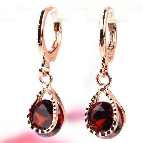 lacna bizuteria - najlacnejšia bižutéria - doplnky na stužkovú - šperky sety - šperky z chirurgickej ocele - darček na stužkovú - šperky na stužkovú - Náušnice Stone - Červená KP477