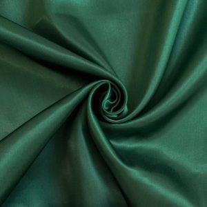 Satén dark green - luxusné látky na šaty -  luxusné látky metráž -  satén -  polyesterový satén -  saten latka predaj -  cerveny saten -  hodvabny saten -  hruby saten -  satenove saty na stuzkovu -  saty na stuzkovu -  latky na saty na stuzkovu -  latky na plesove saty