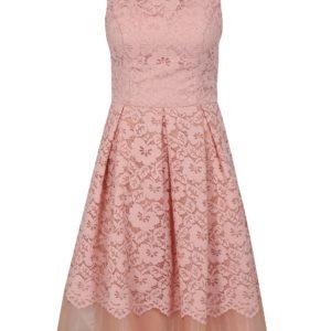 Ružové čipkované šaty Chi Chi London Maniel - Šaty na stužkovú ružové - saty na stuzkovu - spoločenské šaty na stužkovú - šaty na stužkovú s dlhým rukávom - plesové šaty na stužkovú - princeznovské šaty na stužkovú - tylové šaty na stužkovú - dlhé šaty na stužkovú