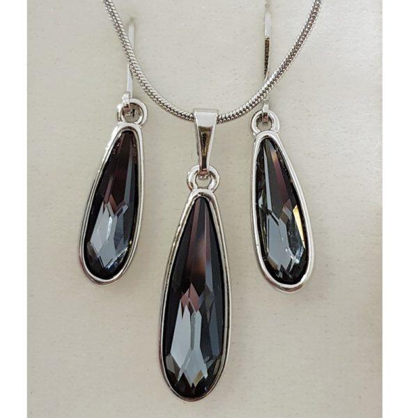 najlacnejšia bižutéria - náhrdelník - lacná bižutéria - bižutéria náušnice - bižutéria náhrdelníky - lacna bizuteria - swarovski sety - swarovsi náhrdelník - najlacnejšia bižutéria - swarovski set - doplnky na stužkovú - šperky sety - šperky z chirurgickej ocele - bižutéria sety - bižutéria náhrdelníky - darček na stužkovú - šperky na stužkovú - set náhrdelník náušnice - Set Inez SWAROVSKI-Čierna KP3912