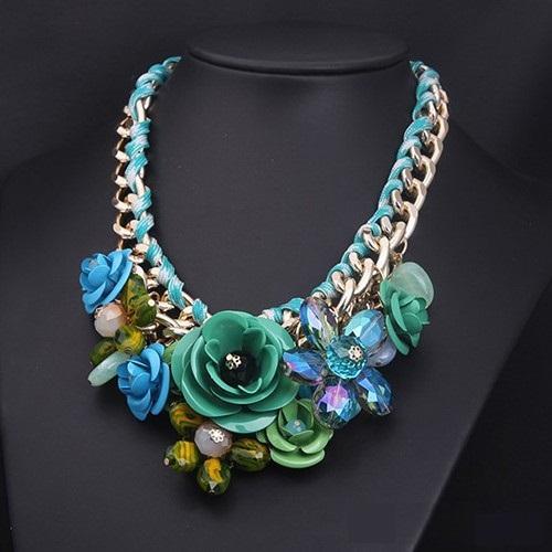 najlacnejšia bižutéria - náhrdelník - lacná bižutéria - bižutéria náušnice - bižutéria náhrdelníky - lacna bizuteria - swarovski sety - swarovsi náhrdelník - najlacnejšia bižutéria - swarovski set - doplnky na stužkovú - šperky sety - šperky z chirurgickej ocele - bižutéria sety - bižutéria náhrdelníky - darček na stužkovú - šperky na stužkovú - set náhrdelník náušnice - Náhrdelník Rose Rosette - Zelená KP669